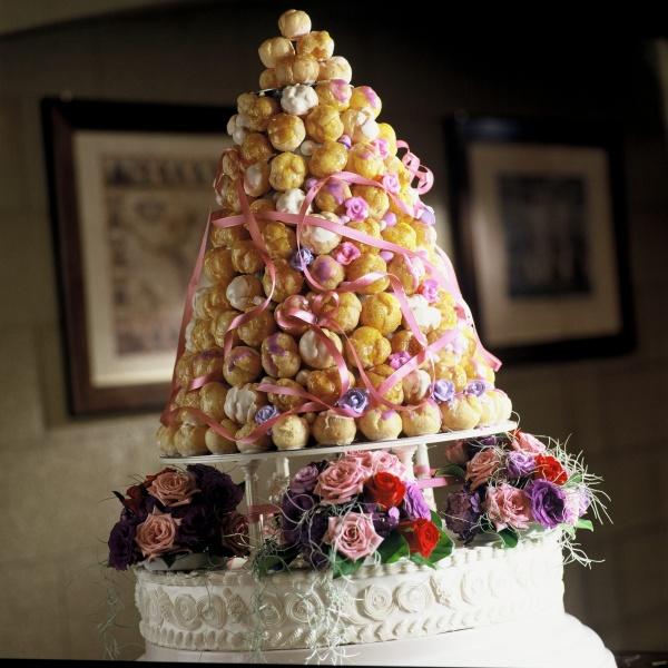 美味しいウェディングケーキはいかがですか?