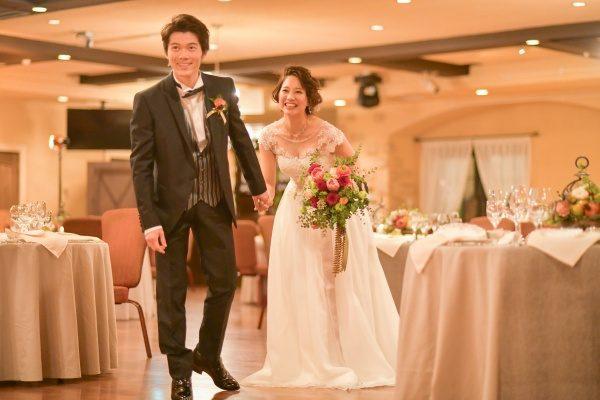 【結婚式のベストシーズン】 秋の結婚式が人気のワケ!